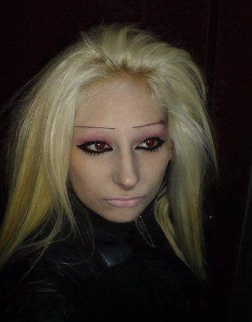 Bad-Eyebrows-ruler